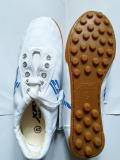 Giày vải XP đá bóng