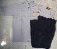 Bộ quần áo bảo vệ màu xám có bo hàng có sẵn